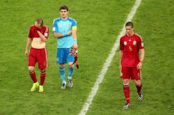 Футбол. ЧМ-2014. В день отречения своего короля Испания сложила чемпионские полномочия