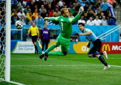 Футбол. ЧМ-2014. Дубль Суареса почти оставляет англичан за бортом чемпионата мира