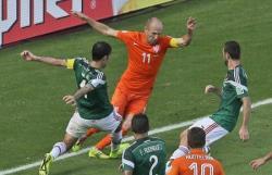 Футбол. ЧМ-2014. Невероятная развязка вывела голландцев в четвертьфинал