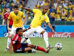 Футбол. ЧМ-2014. Два точных удара центральных защитников выводят Бразилию в полуфинал