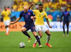 Футбол. ЧМ-2014. Бразилия потерпела второе крупное поражение подряд - теперь от Голландии