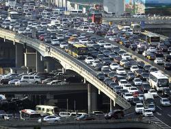 Эксперты признали Милан самым недружественным к автомобилистам городом