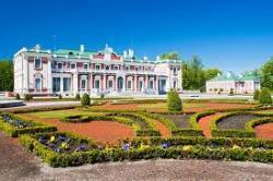 Дворцово-парковый ансамбль Кадриорг (Екатериненталь)