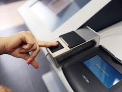 С 10 декабря 2014 года для получения визы в Россию необходимо сдать отпечатки пальцев
