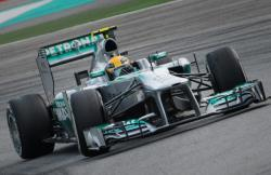 Формула-1. Англичанин Льюис Хэмилтон выиграл первую квалификацию сезона