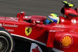 Формула-1. `Феррари` бросили вызов `Мерседесам` на `Гран-при Бахрейна`